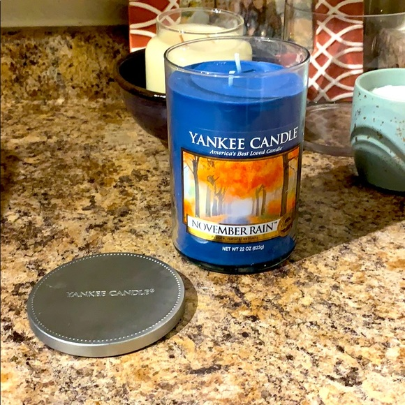 Yankee Candle November Rain, Large 2-Wick Tumbler